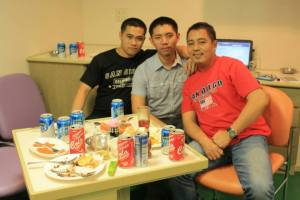 Chillax moments during one of our Media Noche onboard. Wiper Dandan, me and Oiler Ferds.